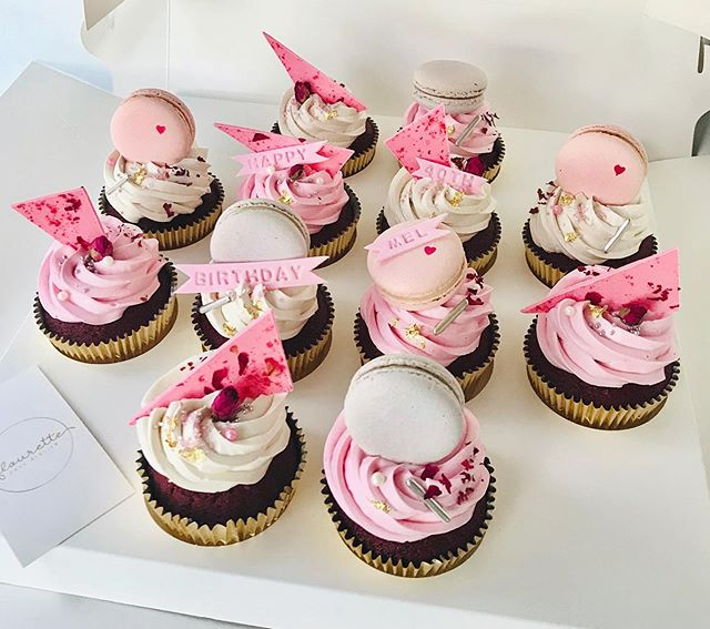 Today is #cupcake worthy 🧁💕 . .