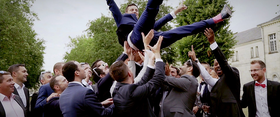 Fete mariage saut en l'air
