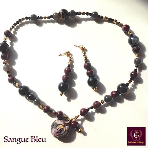 Sangue Bleu - SET Earrings - Necklace. Granat, Labradorite & Agate