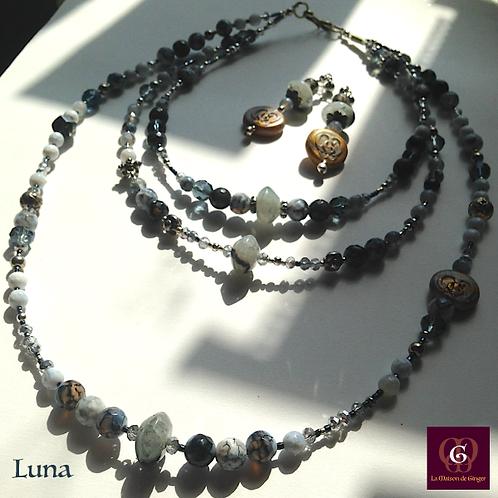 LUNA - SET Triple-Necklace & Earrings. Agate, Labradorite, Handmade beads