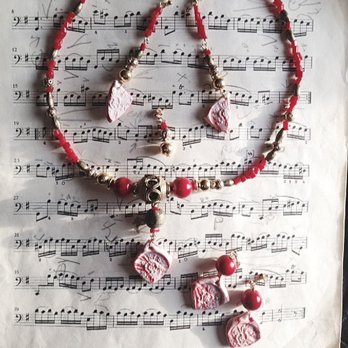Tonantzin - SET 5 earrings & necklace. Corals,  Handmade Elements, Brass...