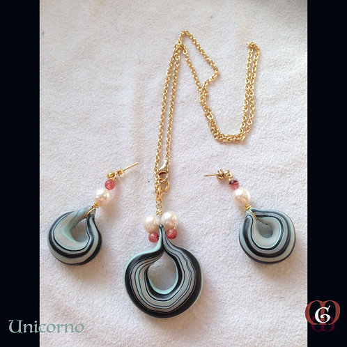 Unicorno - SET Necklace & Earrings. Pearls, Strawberry Quartz, Handm