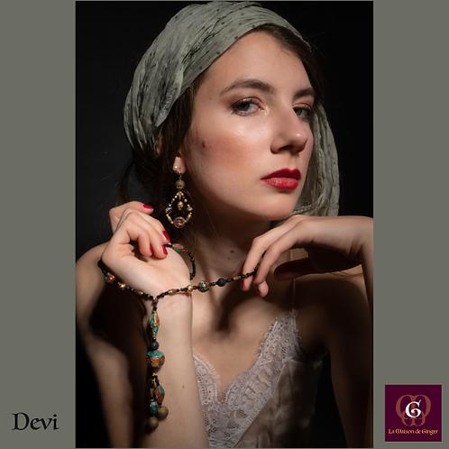 Devi - SET Earrings & necklace. Tibetan beads, brass elements, Agate galvanized