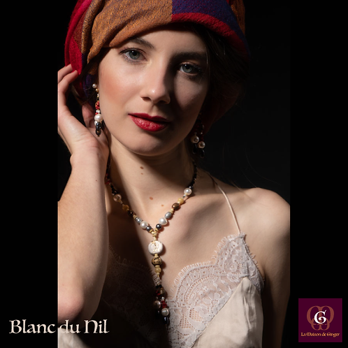 Blanc du Nil - SET Earrings & necklace. Pearls, Coral, Wood, Bone, Copper.