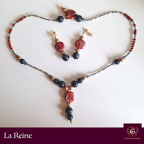 LA REINE - Set Earrings & Necklace. Labradorite & galvanized Volcanic Stones