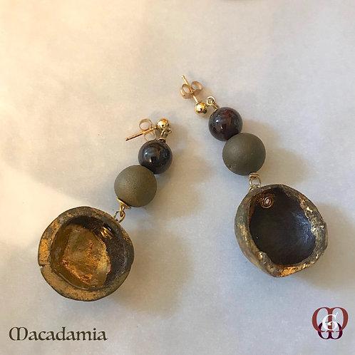 Macadamia - Earrings. Gold-plated Nutshells 24k Gold, Agate & Garnet