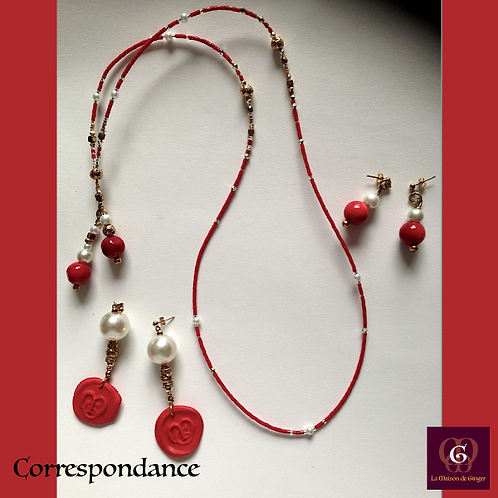 Correspondance - SET 2 pairs of earrings & necklace.