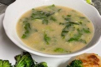 White Bean & Escarole Soup - vegan