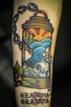 Life/Death Hourglass