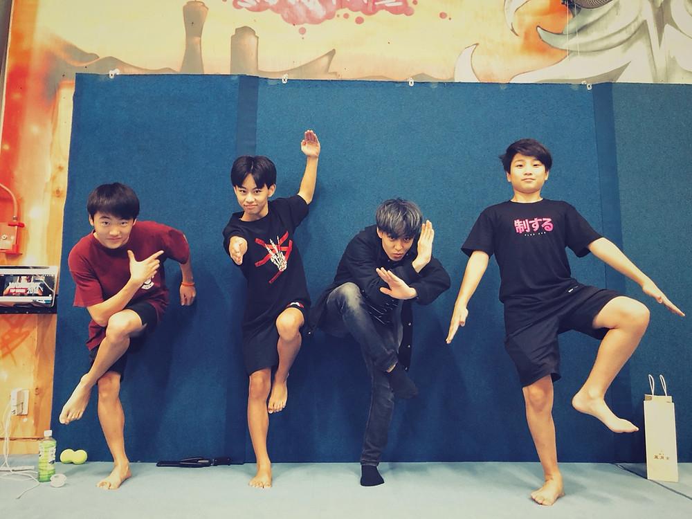 monsterpkのseiとタンドラのshoesi,zen,jinの記念写真2