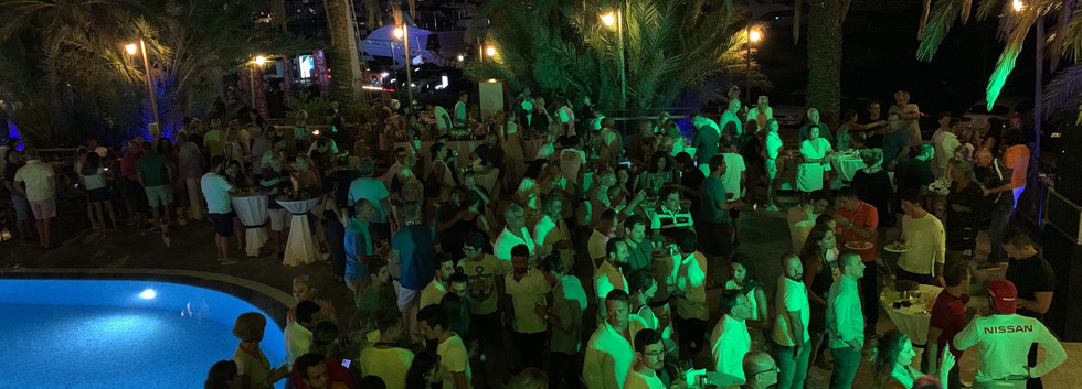 acilis party.jpg