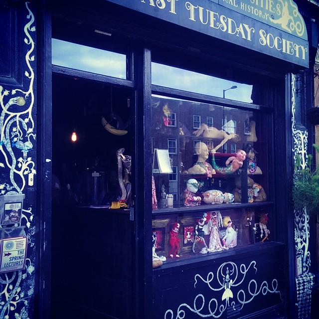 I love this place! #viktorwyndmuseum  #lasttuesdaysocietey #weirdbutcool  #homefromhome #mywindowdis