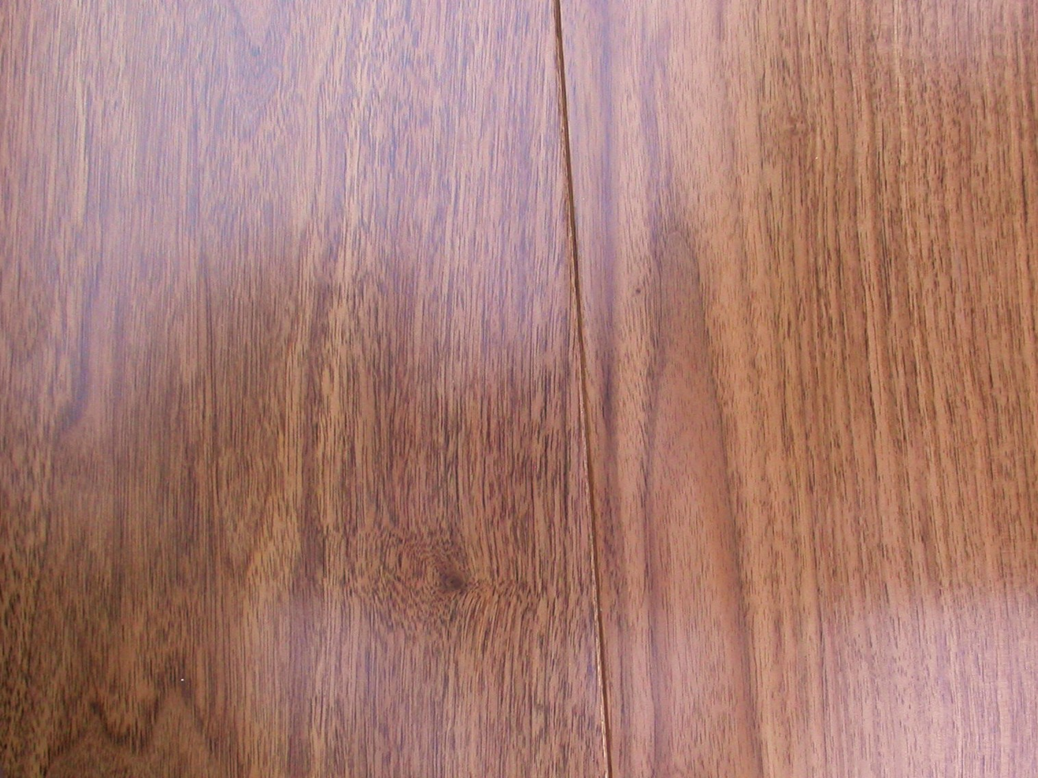 BLACK AMERICAN WALNUT LACQUERED 189