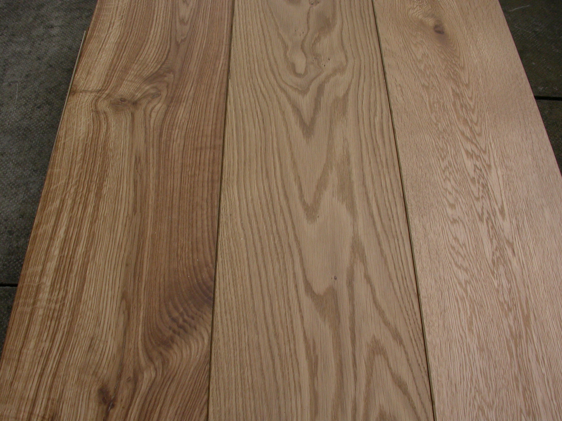OAK RUSTIC UV OILED 189