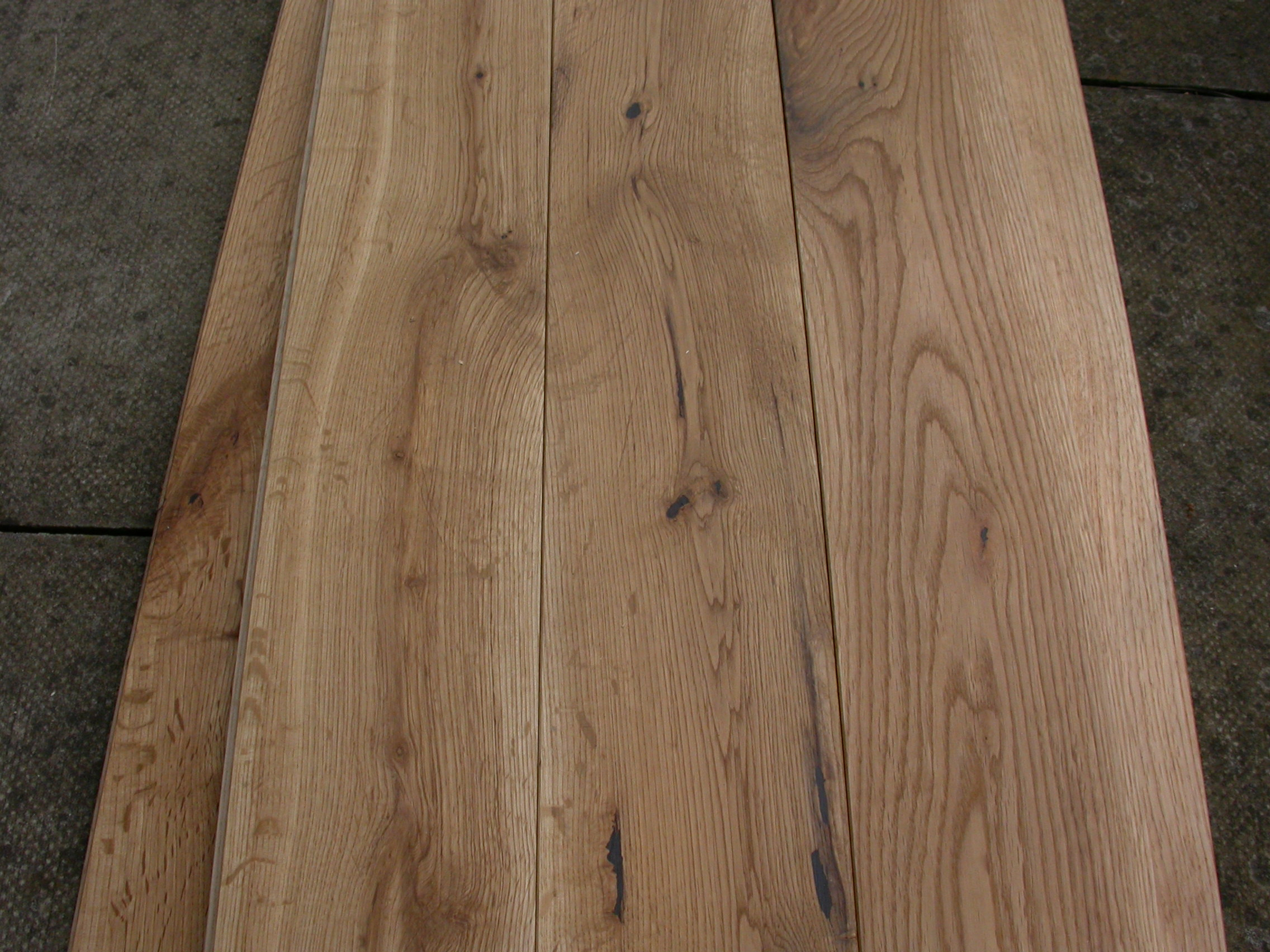 OAK RUSTIC OILED 120
