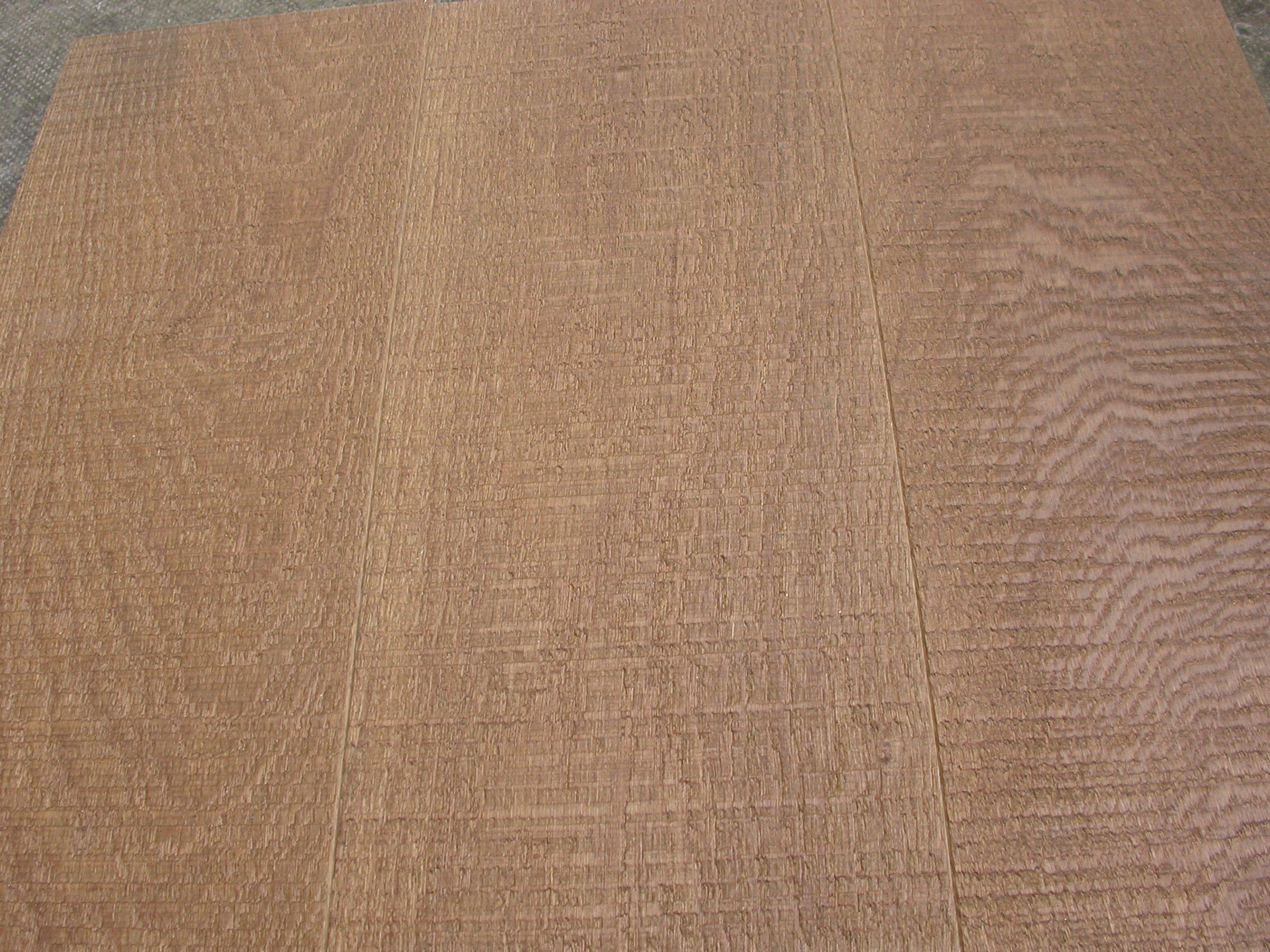 SAW CUT SMOKED BRUSHED UV OIL