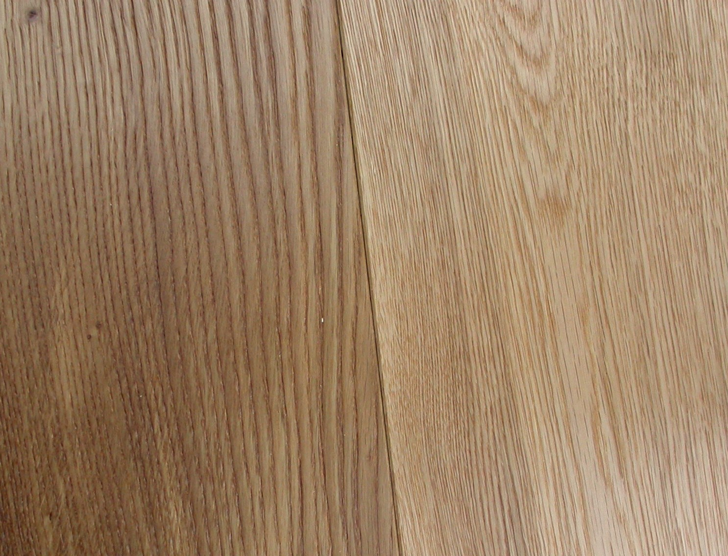 OAK RUSTIC BRUSHED & UV OILED 189