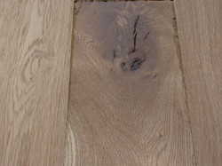 OAK DISTRESSED BRUSHED UV LACQUERED