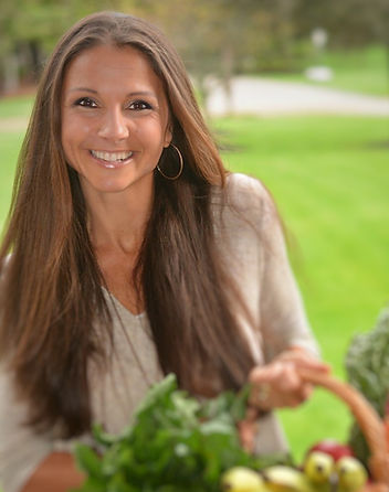 Viktoria Higgins, Health coach, Nourish with Viktoria
