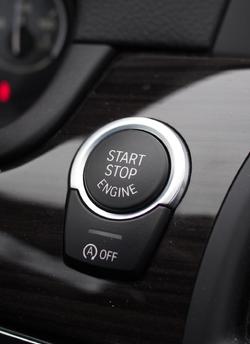 bmw-535d-xdrive-start-stop-button-01