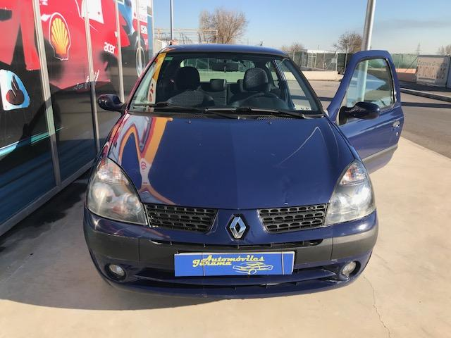 RENAULT Clio Authentique 1.2