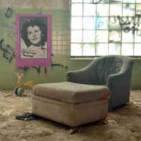 Dahlia's Chair