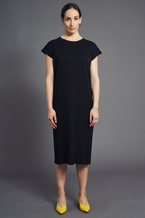 Pleat Short-Sleeved Knitted Dress - Sminfinity - Color Midnight Blue