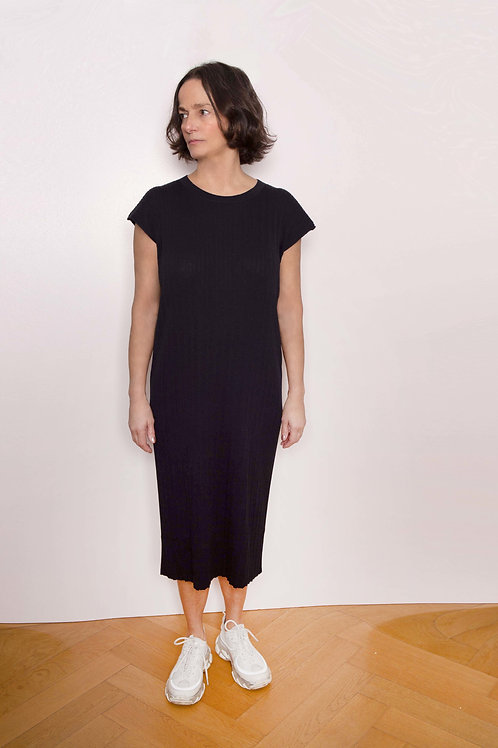 Pleat Short-Sleeved Knited Dress - Sminfinity - Color Midnight Blue