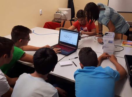 Какво се случи през Ден 4 на Летния Курс по Лего роботика за начинаещи ?
