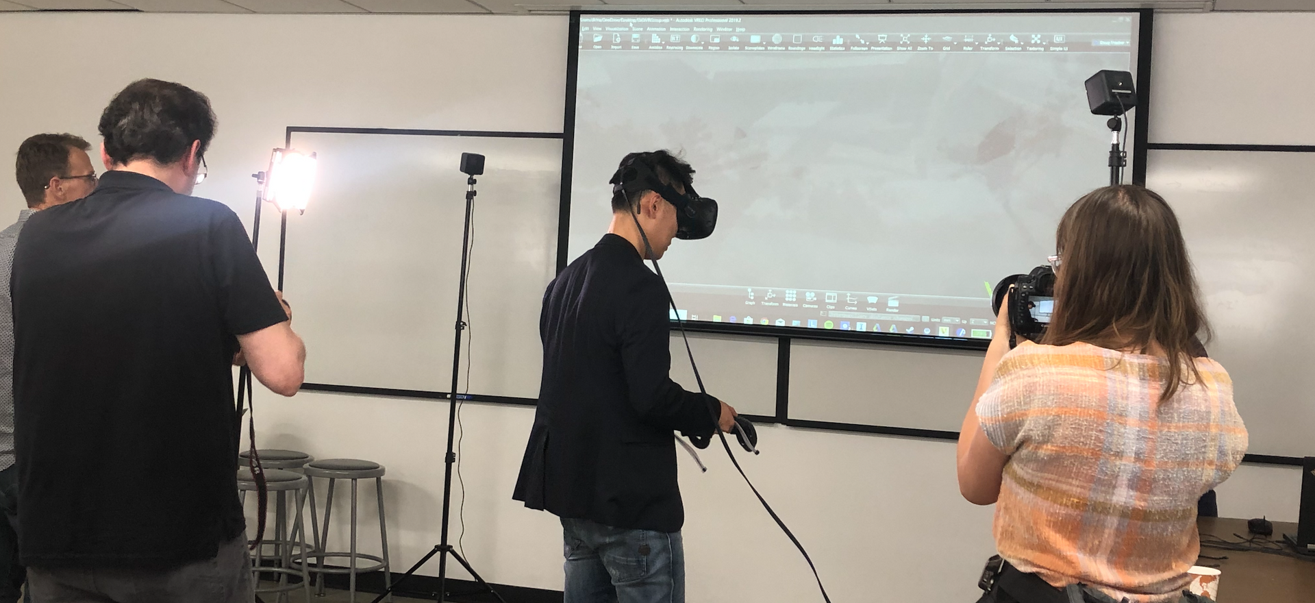 VR to View Vehicle Models