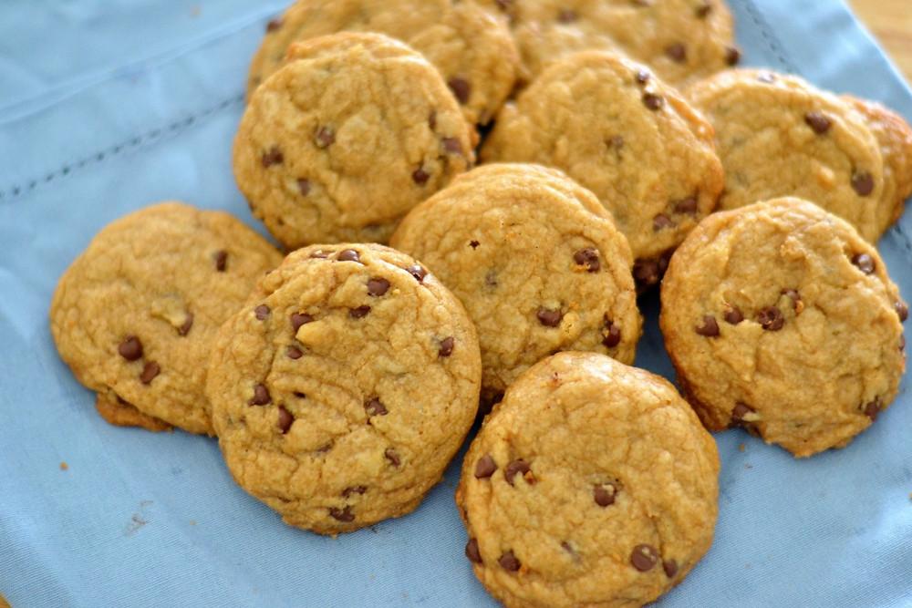 Soft, vegan chocolate chip cookies