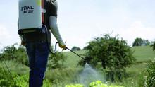 Гербициды. Плюсы и минусы обработки растений химическими реактивами.
