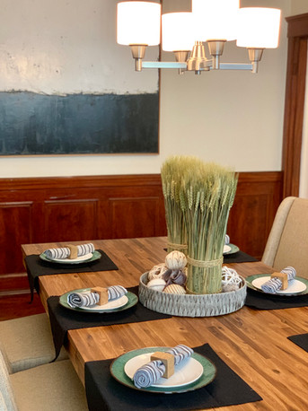 Mixed textures dining room home stager Arlington