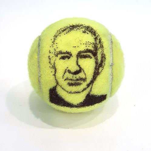 John McEnroe Tennisballselfie