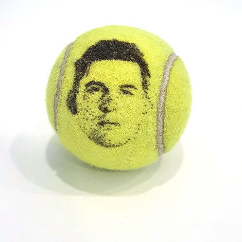 Dominic Thiem Tennisballselfie