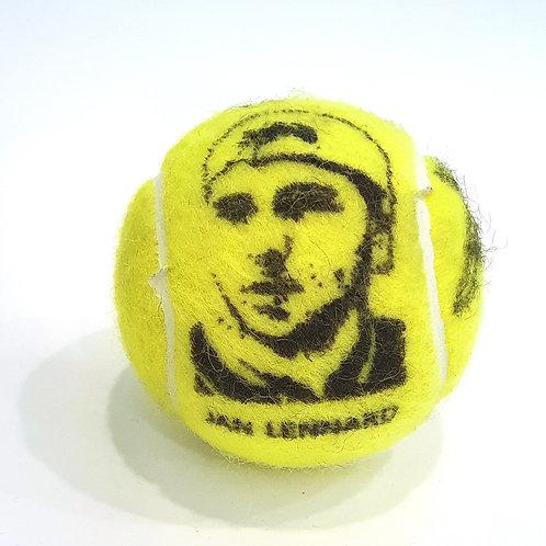 Jan-Lennard Struff Tennisballselfie