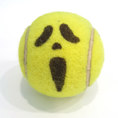 Scream Tennisballselfie
