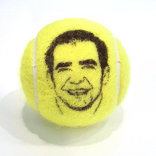 Pete Sampras Tennisballselfie
