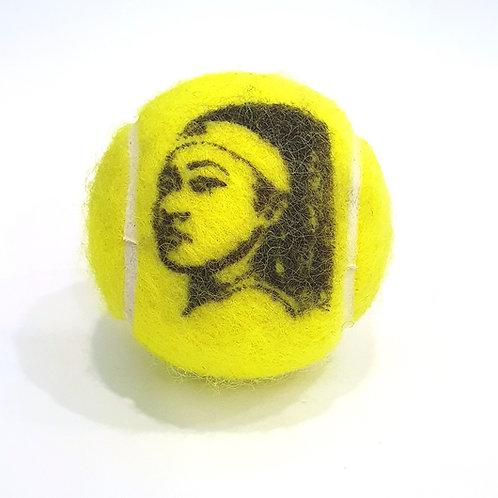 Naomi Osaka Tennisballselfie