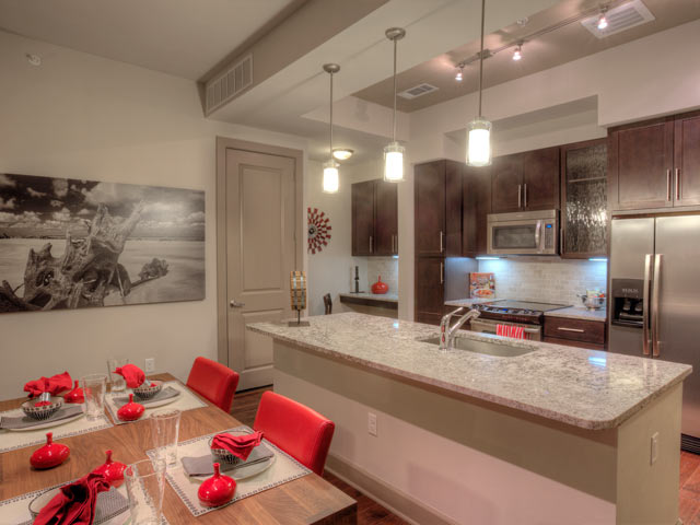 Uptown Dallas Furnished Apartment