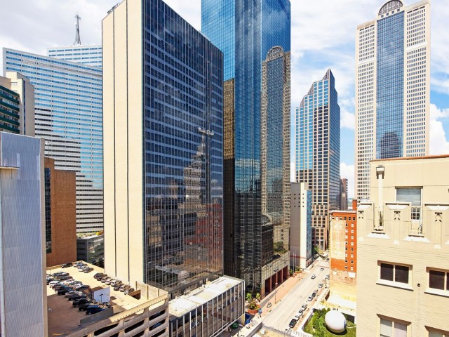 Downtown Dallas Furnished Apartments