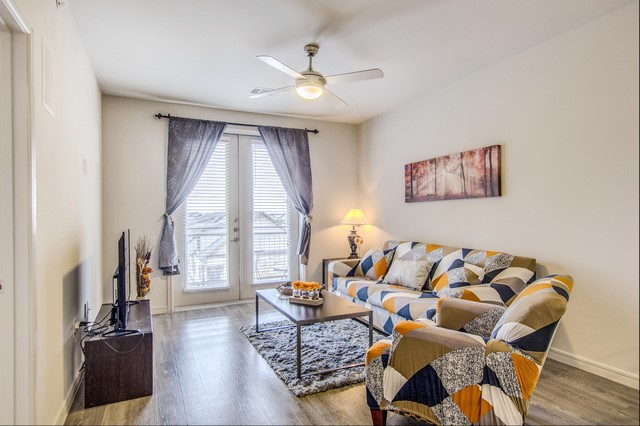 Corportae Housing Apartments in Dallas (