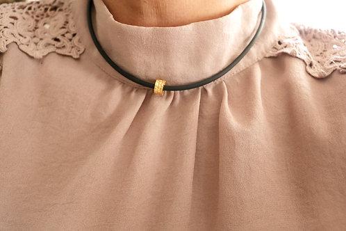 Wide Barrel Hammered Necklace