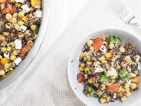 Salade de quinoa et pois chiches à la grecque