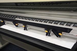 mutoh-vj1638uh-uv-printer-media-retainer