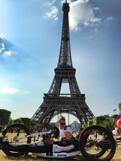Le tour pariz.jpg