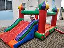 Castelo pula pula escorregador com joão Bobo inflavel para festa infantil