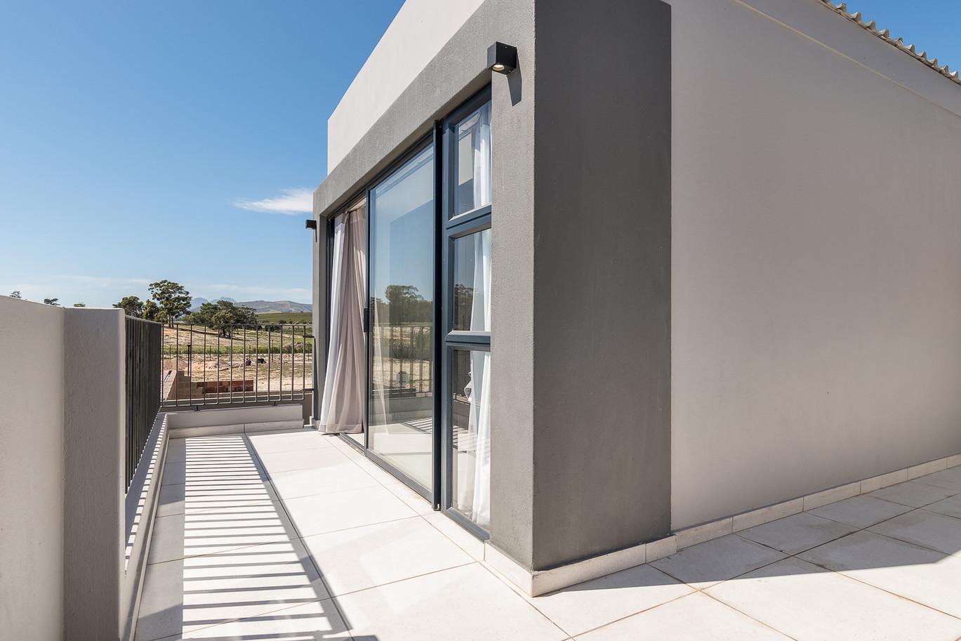 Greystone Balcony 4