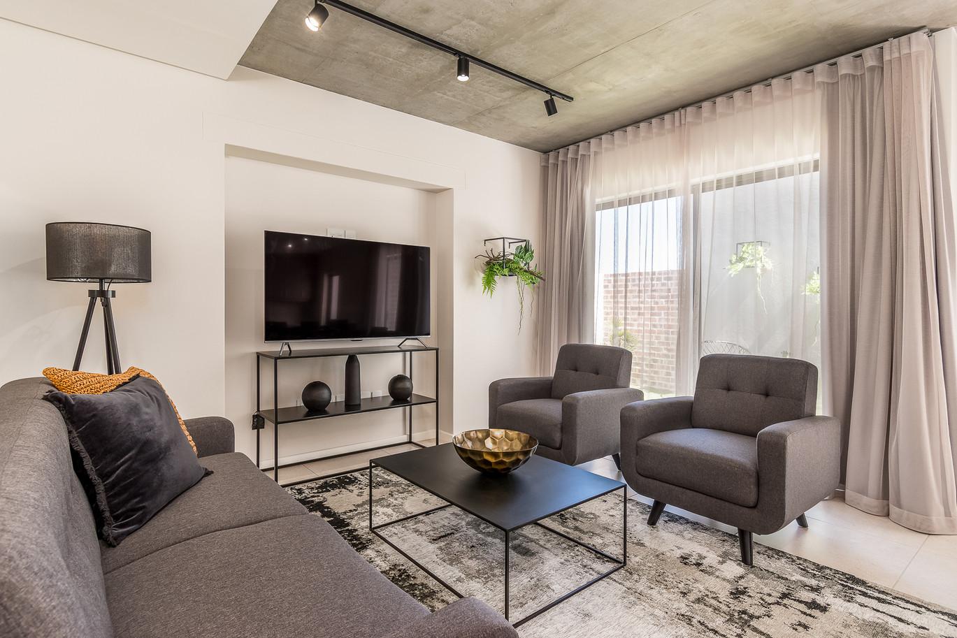 Greystone Lounge 2