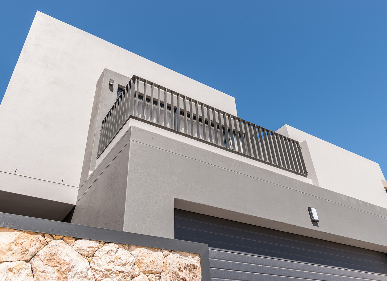 Greystone Balcony 8